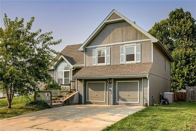 856 Village Street, Leavenworth, KS 66048