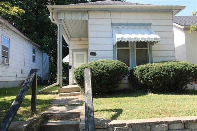1020 N 18th Street, St Joseph, MO 64501