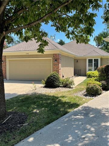 1743 Wynbrick Drive, Liberty, MO 64068