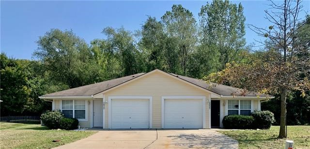 2820-2822 NW Mill Place, Blue Springs, MO 64015