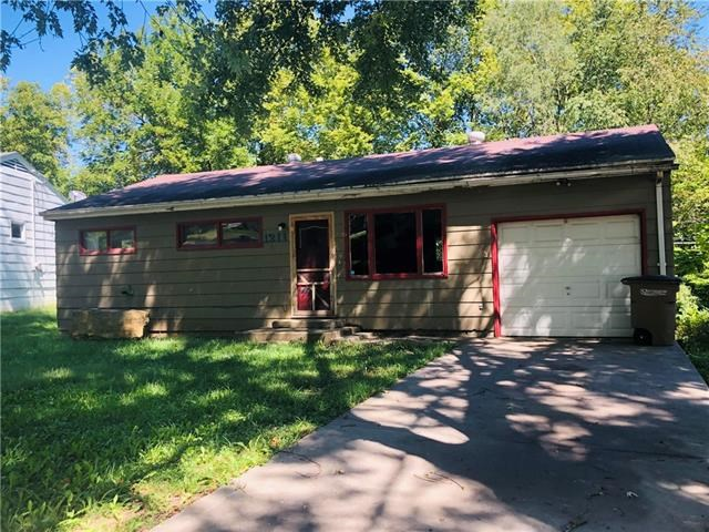 1211 Mound Drive, Atchison, KS 66002