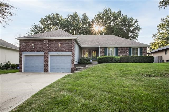 1416 NW Westwood Drive, Blue Springs, MO 64015