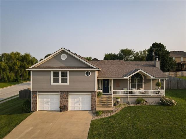 2612 Meadowlark Drive, Harrisonville, MO 64701