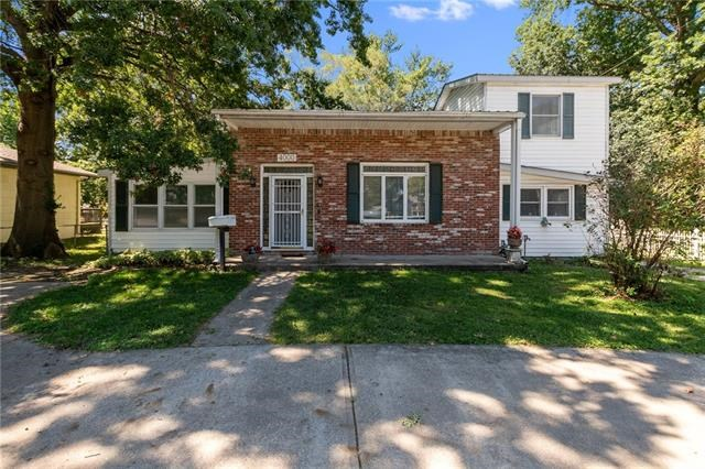 4000 S Crysler Avenue, Independence, MO 64055