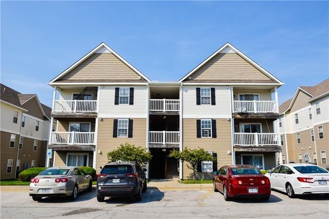 5600 NE 80 Terrace Unit 3D, Kansas City, MO 64119