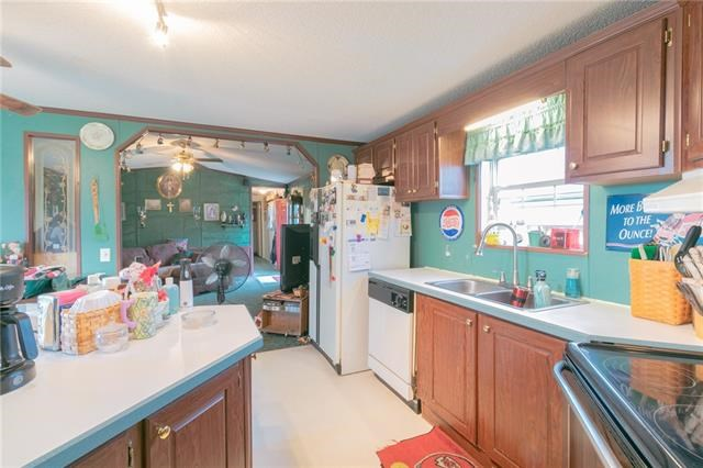 6 NW 1021st Road, Holden, MO 64040