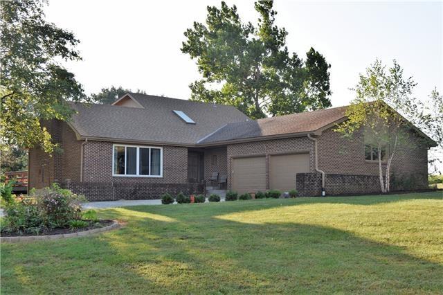 20397 Five Oaks Lane, Higginsville, MO 64037