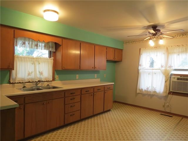 116 S Elm Street, Stanberry, MO 64489