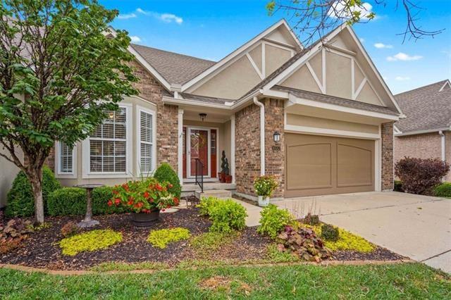 6522 W 134th Terrace, Overland Park, KS 66209