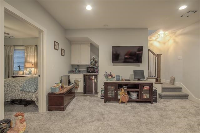 1001 S Minton Road, Independence, MO 64056