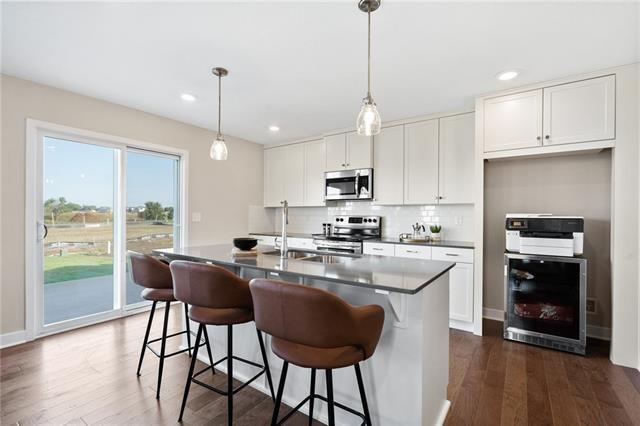 13334 W 180th Terrace, Overland Park, KS 66013