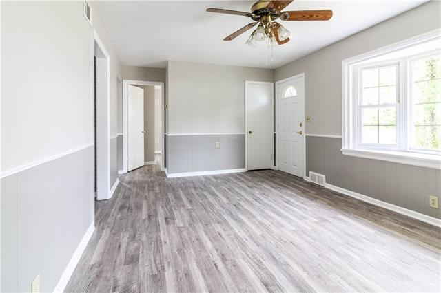 206 S Bagby Street, Knob Noster, MO 65336