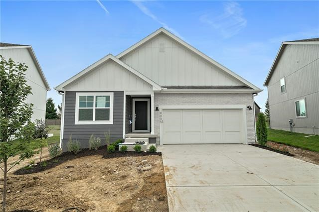 2441 SW Rutherford Drive, Lee's Summit, MO 64082