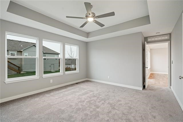 2106 SW Rutherford Drive, Lee's Summit, MO 64082