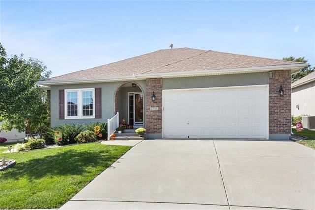 4796 Leafwing Drive, Lee's Summit, MO 64082