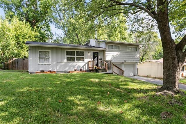 2204 NE 60th Terrace, Gladstone, MO 64118
