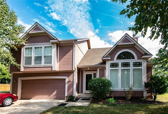 4935 Noreston Street, Shawnee, KS 66226
