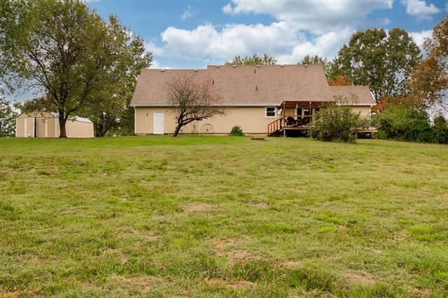 22201 E State Route 58 Highway, Pleasant Hill, MO 64080