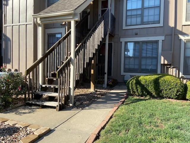 12631 W 110th Terrace, Overland Park, KS 66210