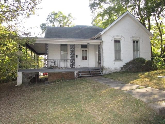 1316 Santa Fe Street, Atchison, KS 66002