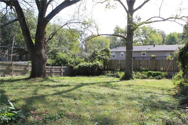 12713 E 48th Terrace, Independence, MO 64055