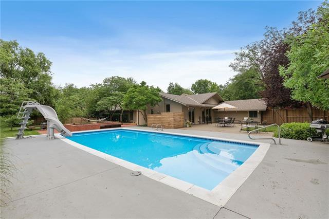 8515 Roe Avenue , Prairie Village, KS 66207