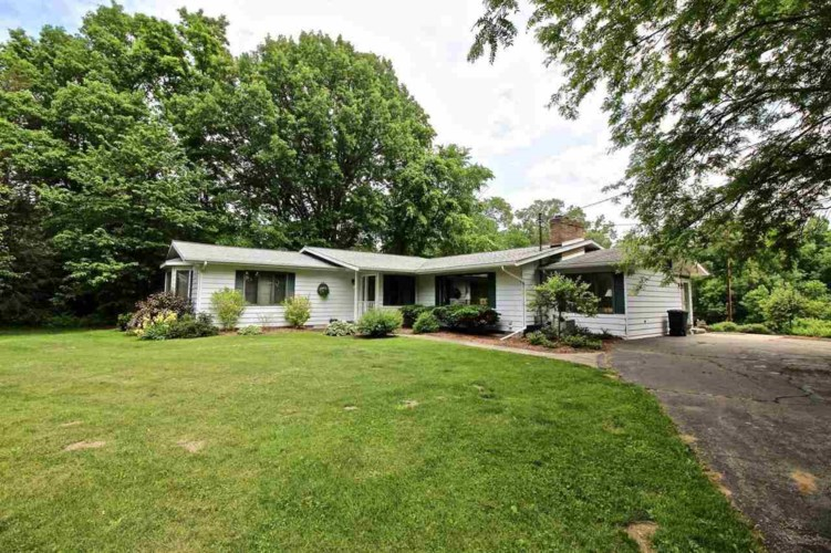 11163 W Mt. Morris Road, Flushing, MI 48433