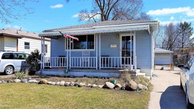 23622 Willard, Warren, MI 48089