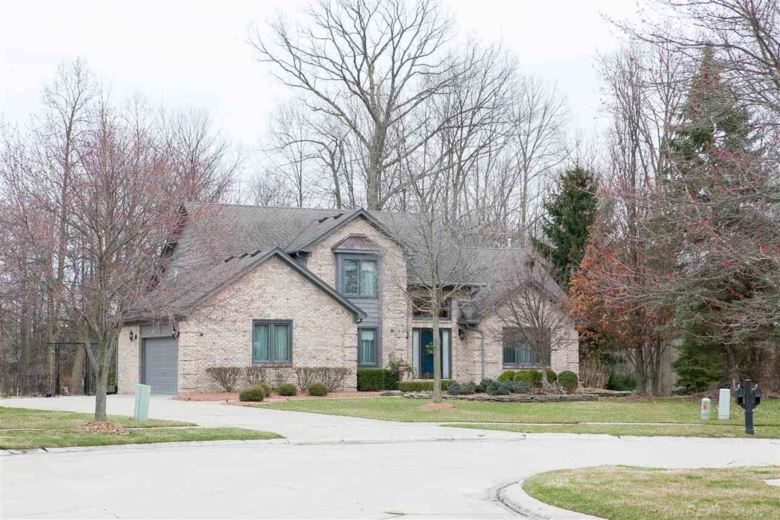 20660 NAVES DR, Clinton Township, MI 48038