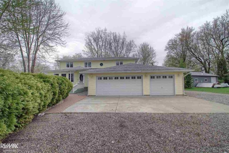 3857 Middle Channel, Harsens Island, MI 48028