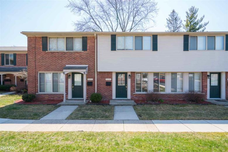 11374 Canal Rd, Sterling Heights, MI 48314