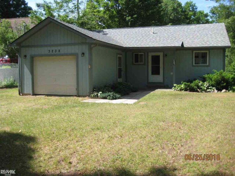 3232 Appletree Lane, Farwell, MI 48022