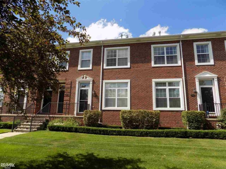 14502 Vauxhall, Sterling Heights, MI 48313