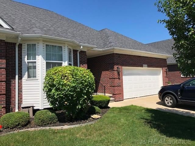 44105 Astro, Sterling Heights, MI 48314