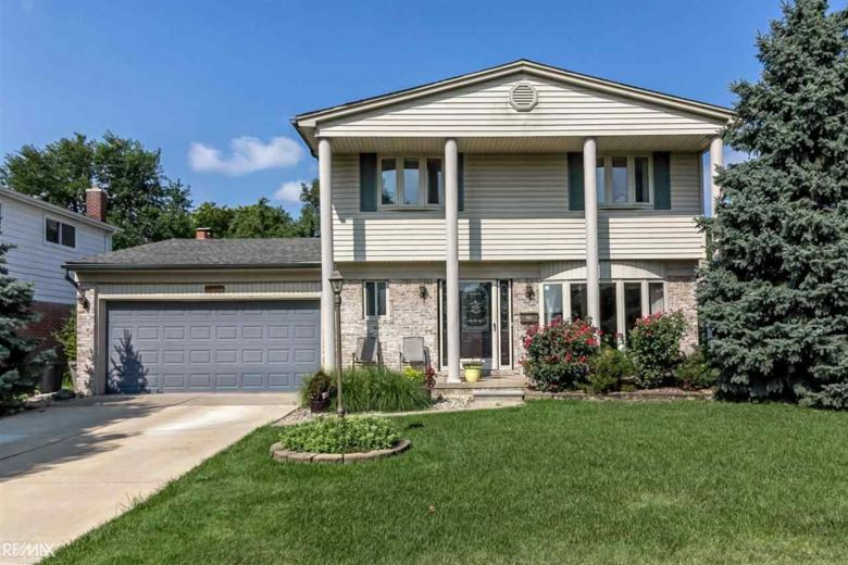34827 Beaver, Sterling Heights, MI 48312