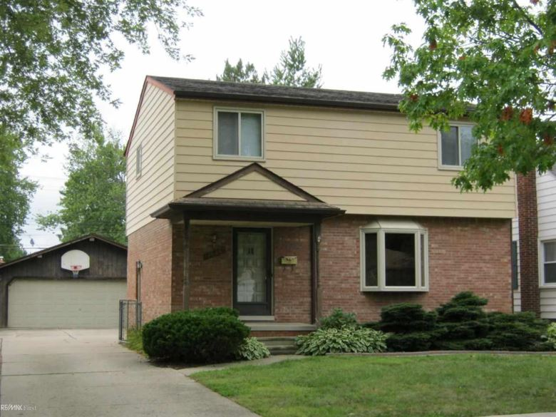 21730 Grand Lake, Saint Clair Shores, MI 48080