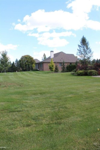 2952 Long Winter Lane, Oakland, MI 48363