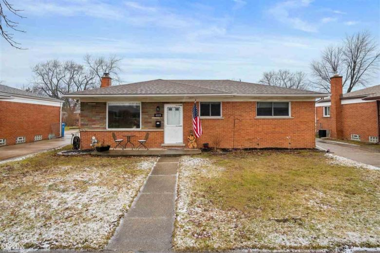 4529 Fenwick, Warren, MI 48092
