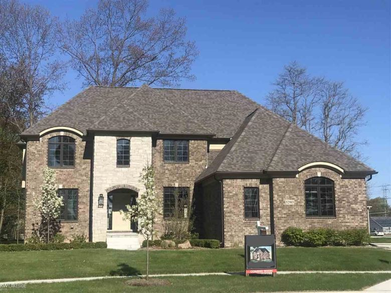 52903 Forest Grove, Shelby Twp, MI 48316