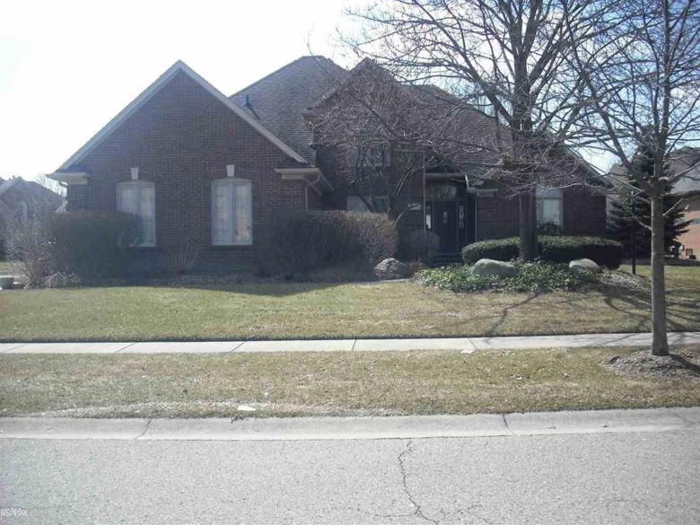 13910 Silent Woods, Shelby Twp, MI 48315