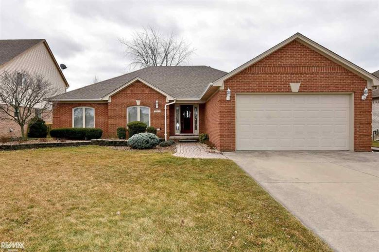 15142 Pietra Dr., Sterling Heights, MI 48313