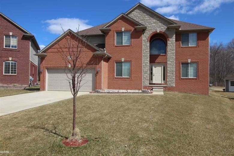 46332 N MANITOU, Shelby Twp, MI 48317