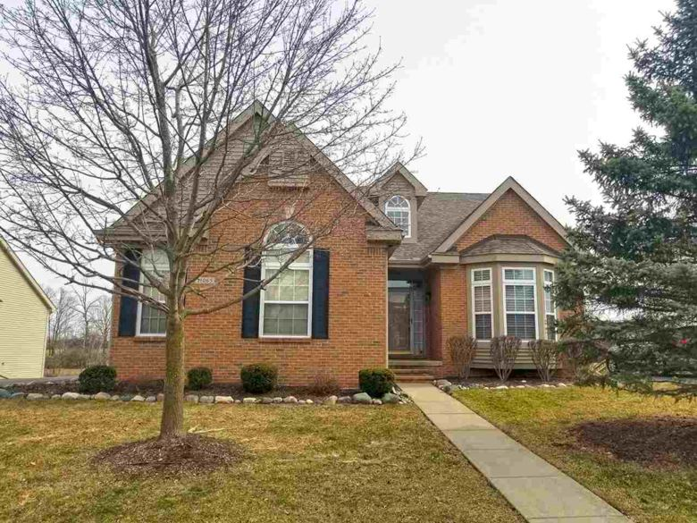 11065 Woodfield Parkway, Grand Blanc, MI 48439