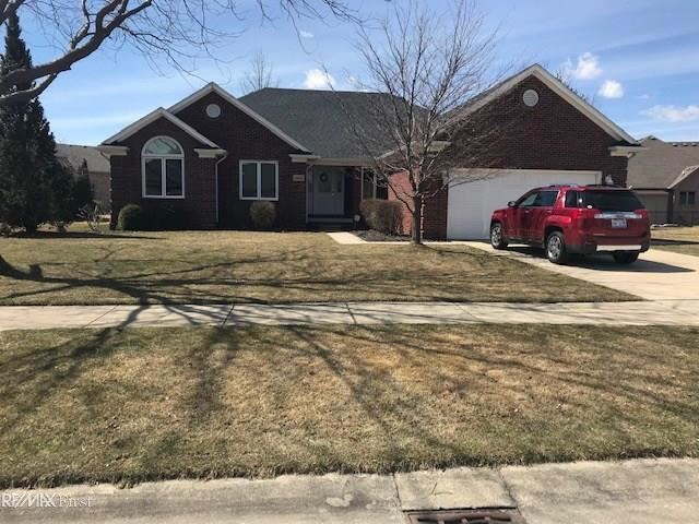 34405 Country Meadow, Chesterfield, MI 48047