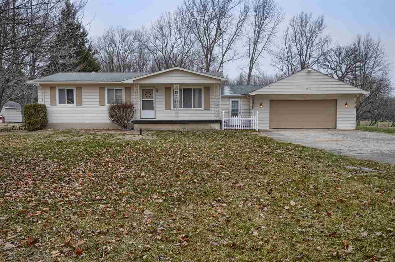 9341 Downing Rd, Birch Run, MI 48415