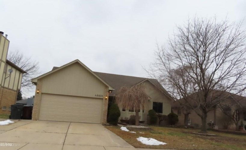 46830 SPRINGHILL DRIVE, Shelby Twp, MI 48317