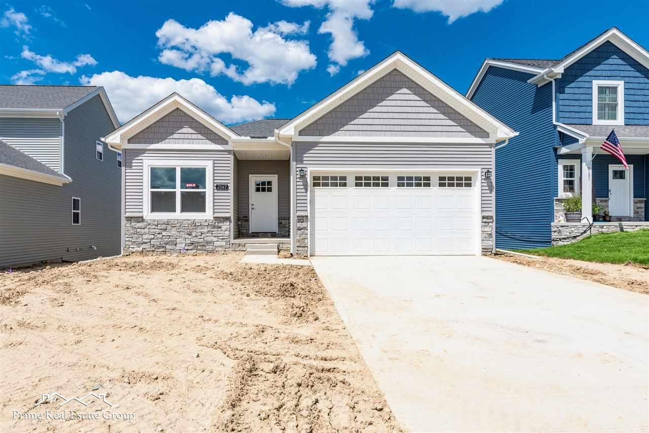 2162 Hidden Ridge, Holly, MI 48442