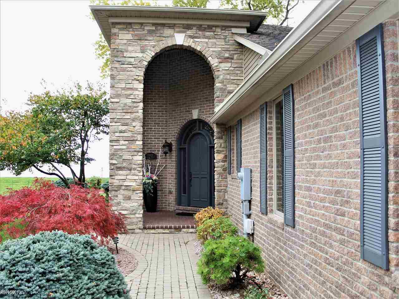 22670 Madison, Saint Clair Shores, MI 48081