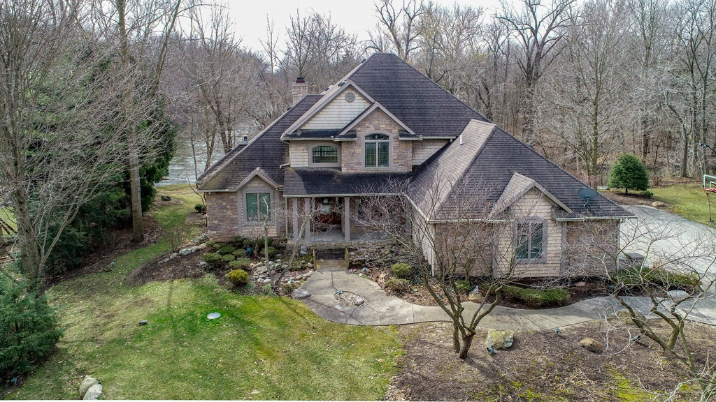 22360 Canyon River Drive, Goshen, IN 46528
