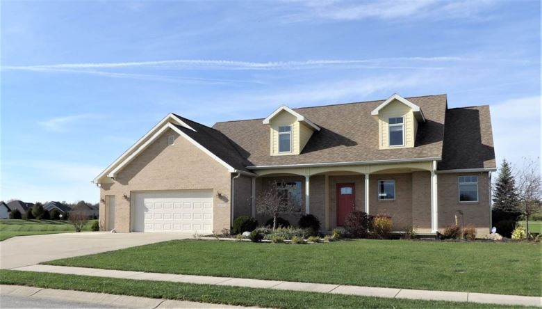 5212 W Shoreline Terrace, Muncie, IN 47304